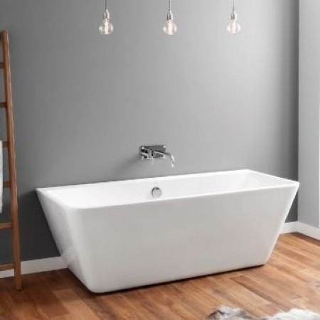 April Eppleby Bath In Room Setting