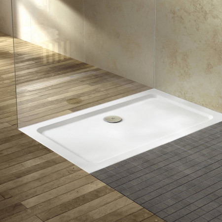 Nuie Pearlstone 1700 x 900mm Rectangular Shower Tray Room Setting