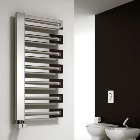Reina Isaro 800 x 300mm designer radiator