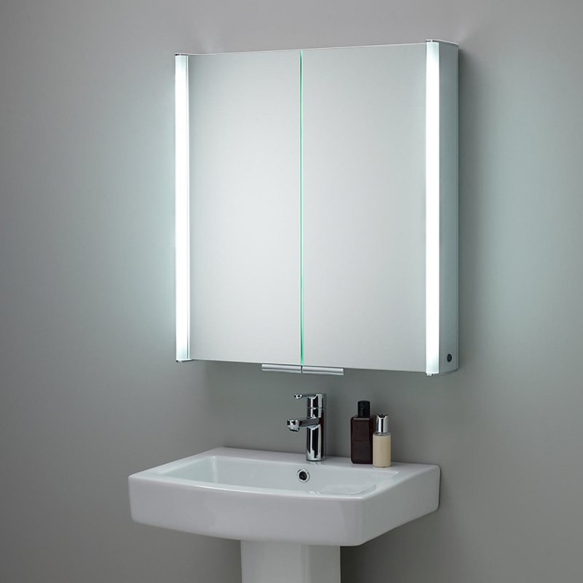 hib cabinets bathroom hib xenon 80 led aluminium illuminated bathroom cabinet 16271