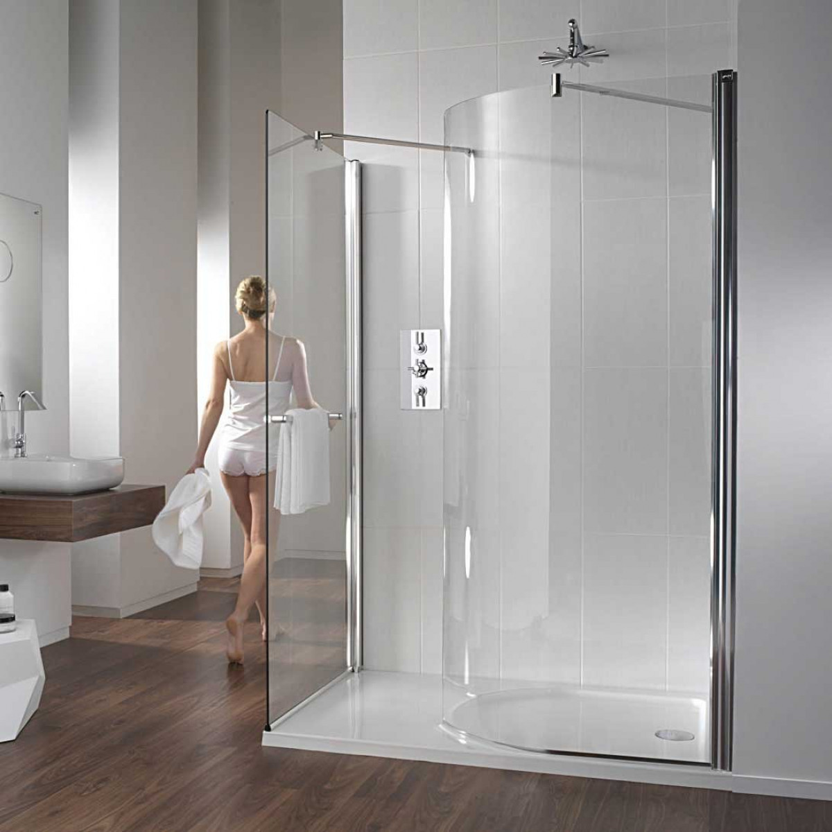 Twyford Hydr8 Walk in Curve Shower Enclosure | H80920CP